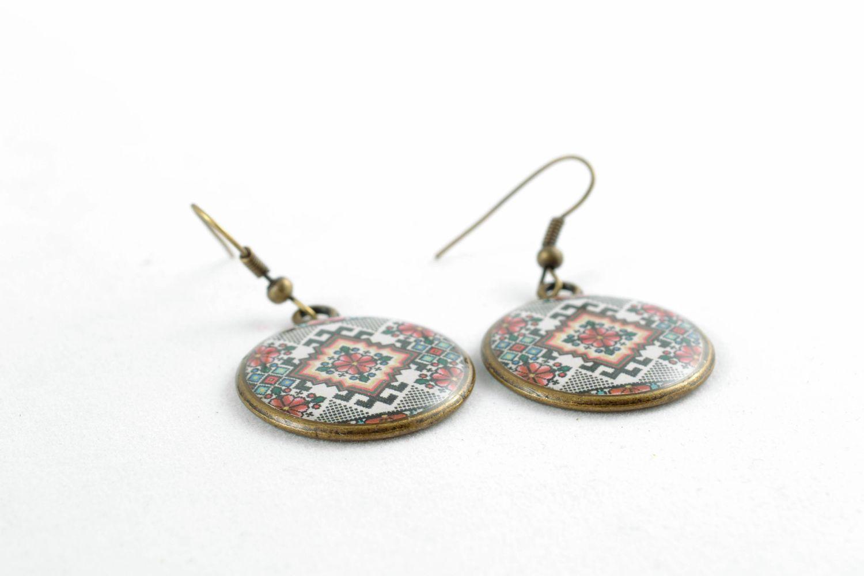 Round decoupage epoxy earrings photo 3