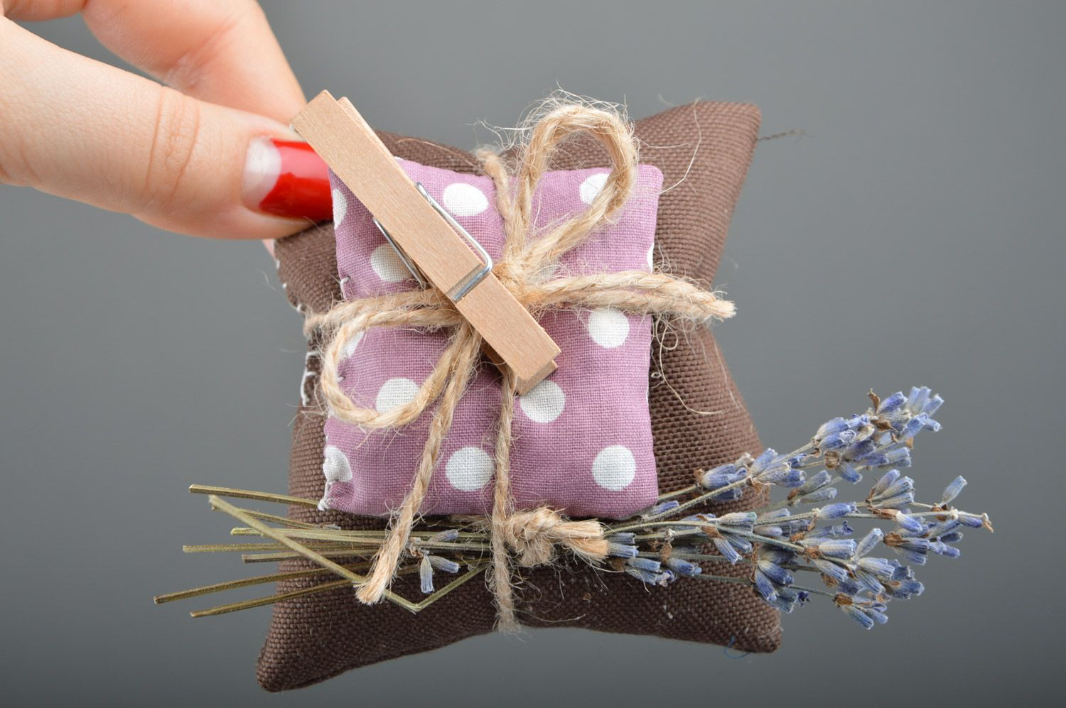 Beautiful handmade sachet pillow sewn of fabric with lavender and mint photo 4