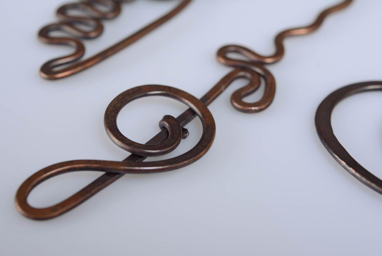 madeheart handgemachte wire wrap haarnadel aus kupfer in form vom geigenschl ssel in braun. Black Bedroom Furniture Sets. Home Design Ideas