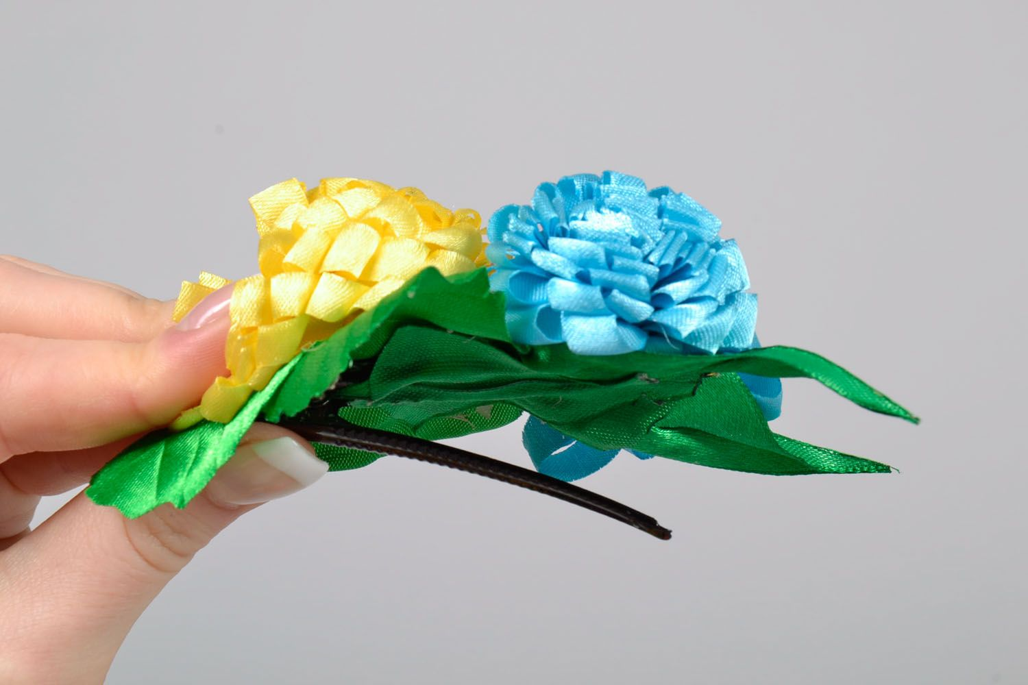 Large hair clip with flowers photo 5