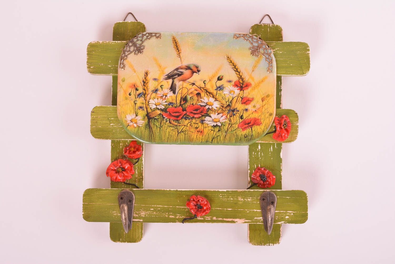 MADEHEART > Wooden wall hanger decoupage key holder wall decor ideas ...