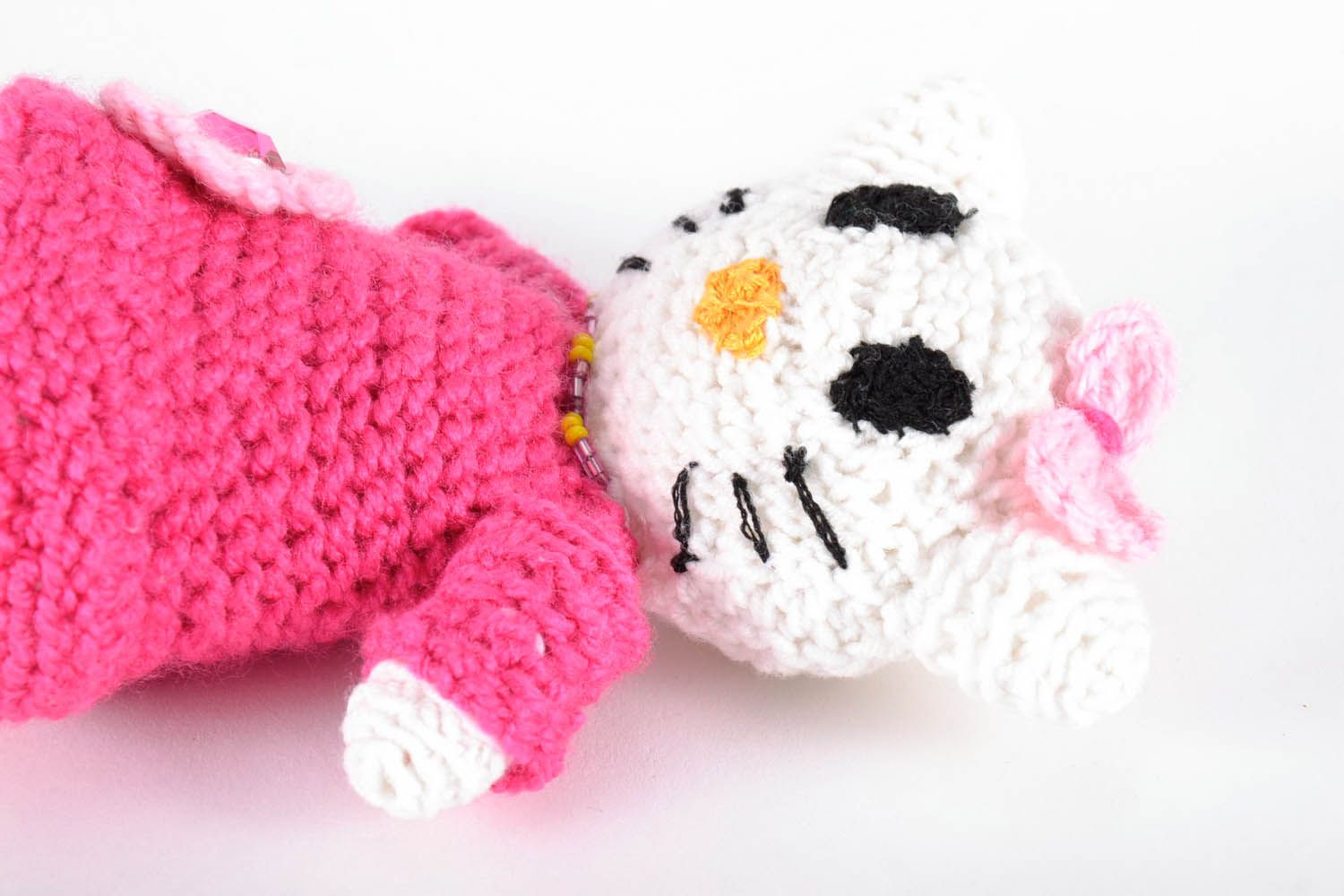 Toy crocheted around with wool threads photo 4