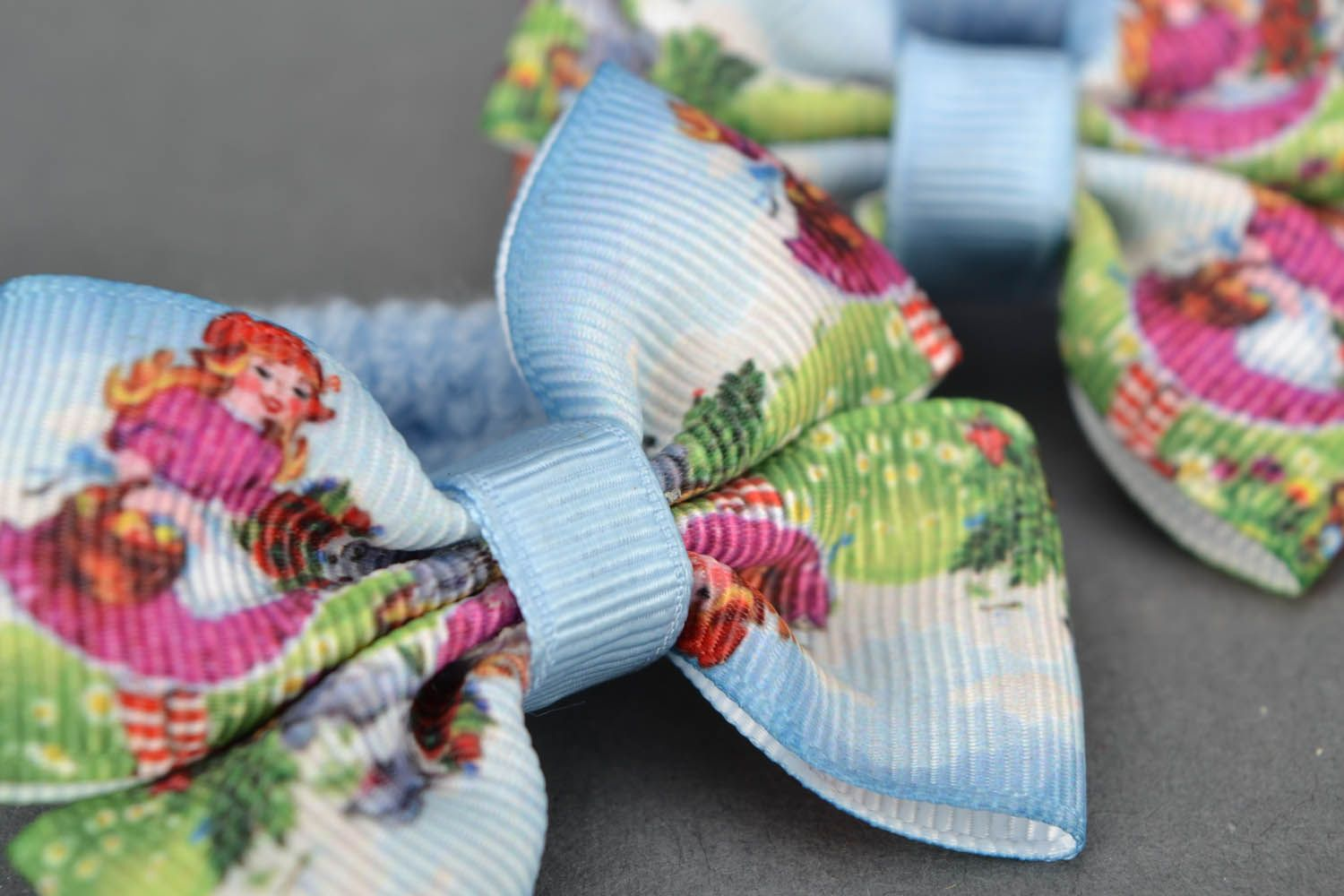 Scrunchies with bows photo 4