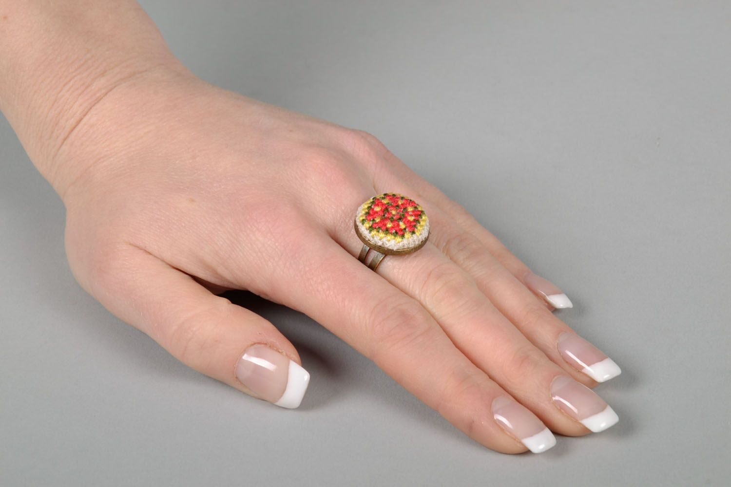 Women's seal ring with embroidery photo 5