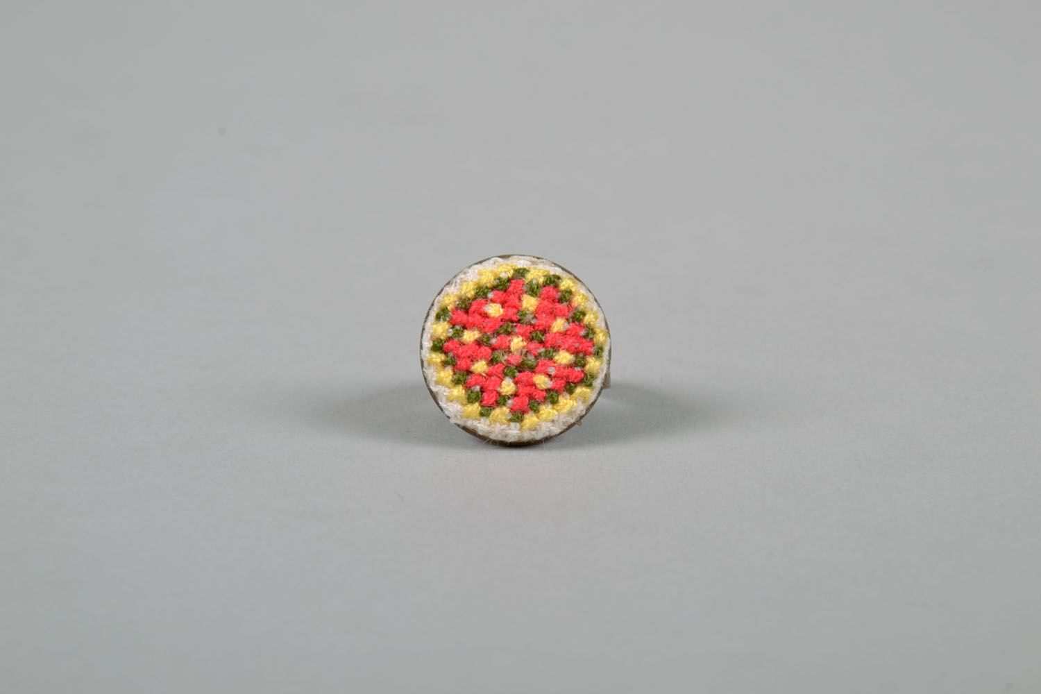 Women's seal ring with embroidery photo 2