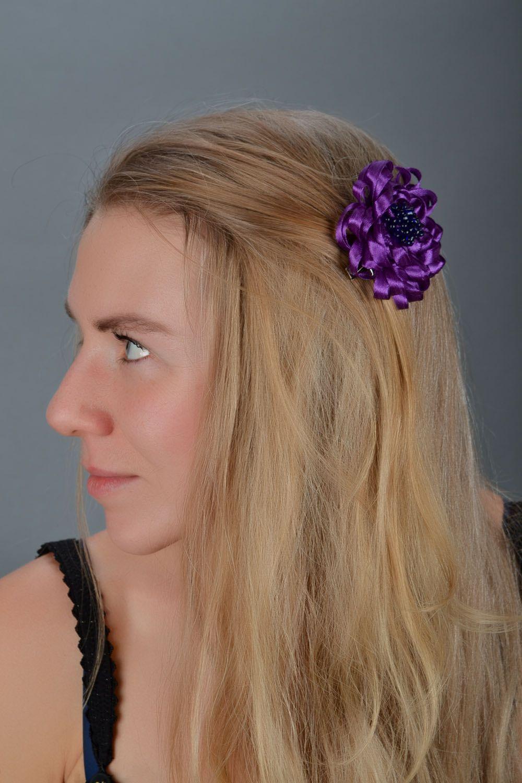 Violet hair clip photo 1