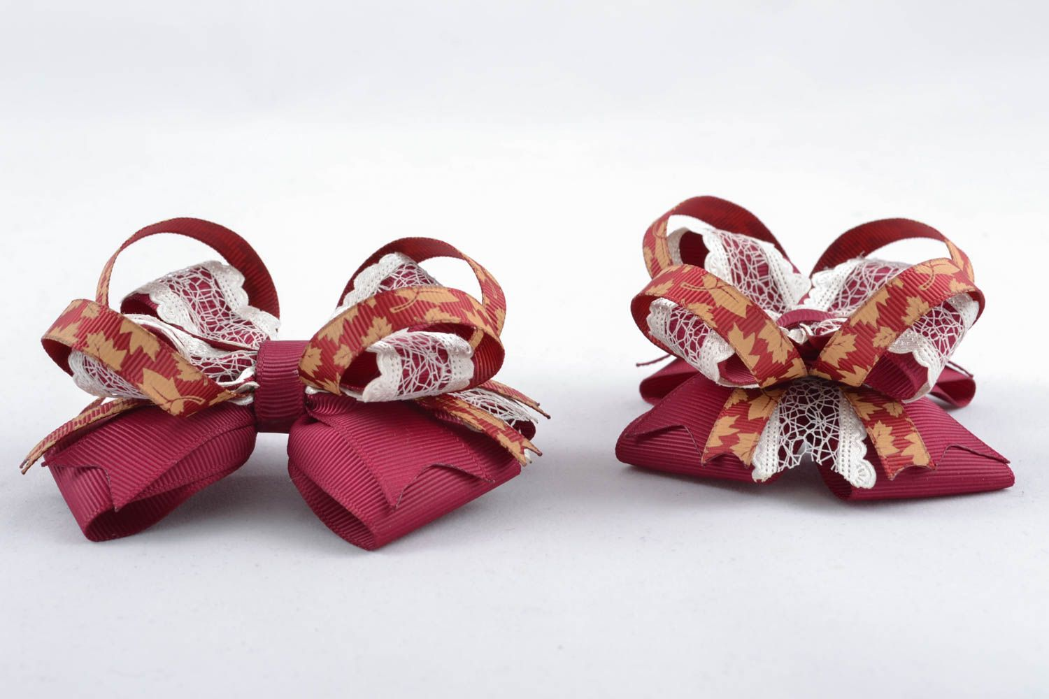 Deep red bow for hair clip photo 2