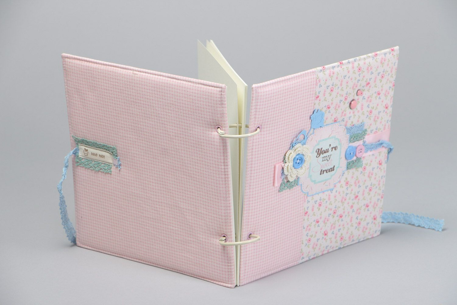 Handmade designer scrapbooking photo album for 25 pages in pink colors photo 4