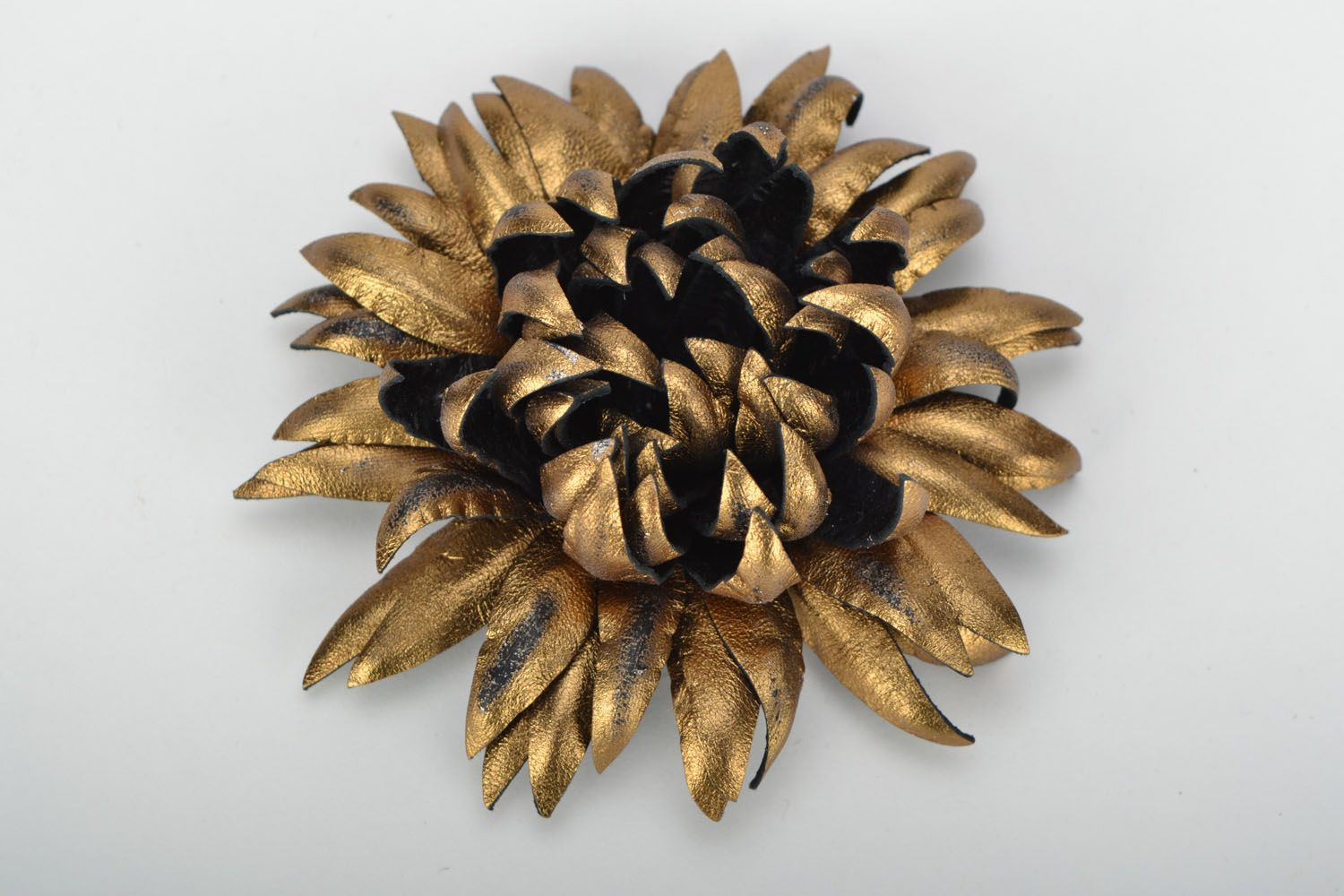 Leather brooch Golden Aster photo 1