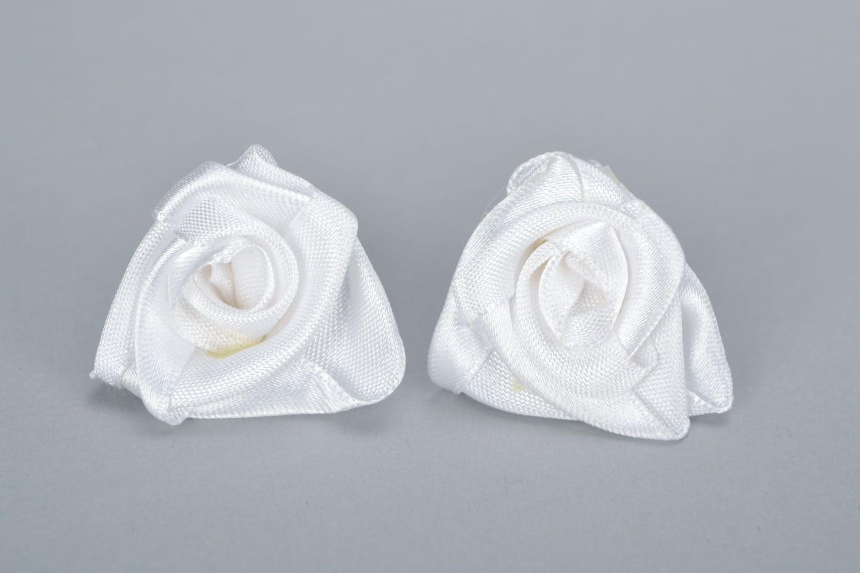 Homemade stud earrings White roses photo 5