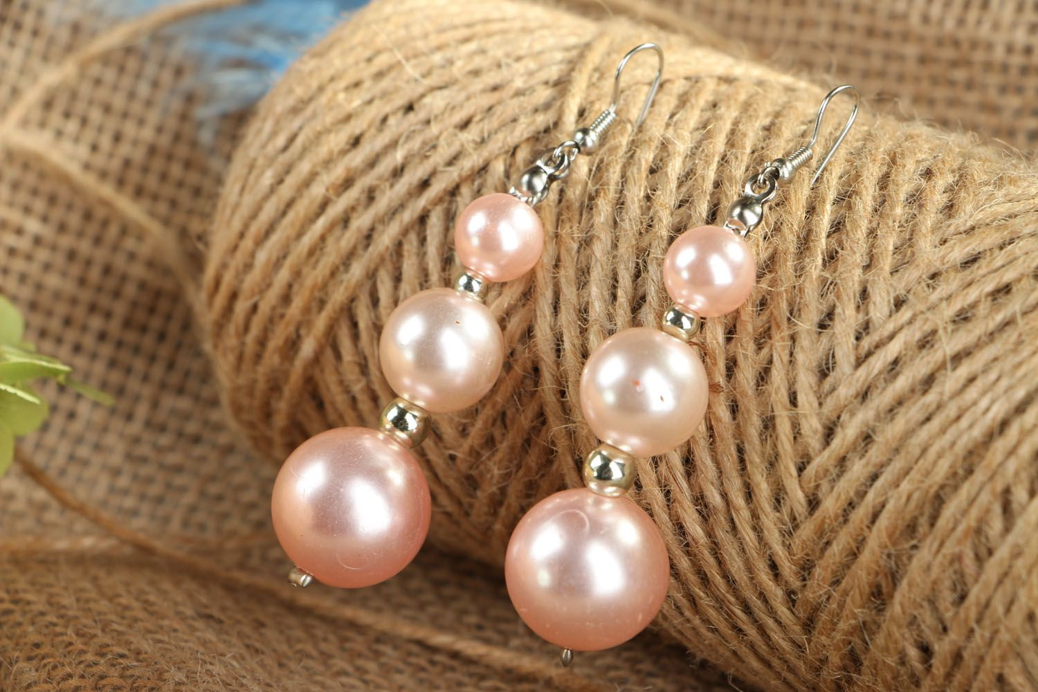 Earrings with pink beads photo 4