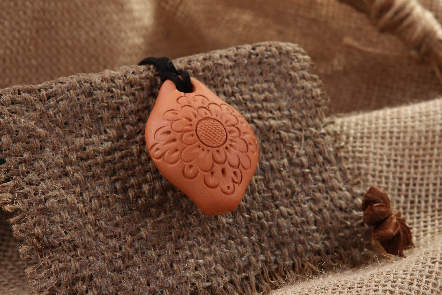 Ceramic tin whistle pendant with carving, 3 sounds photo 1