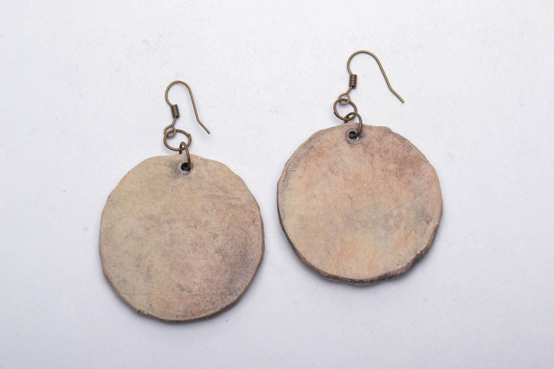 Round ceramic earrings photo 5