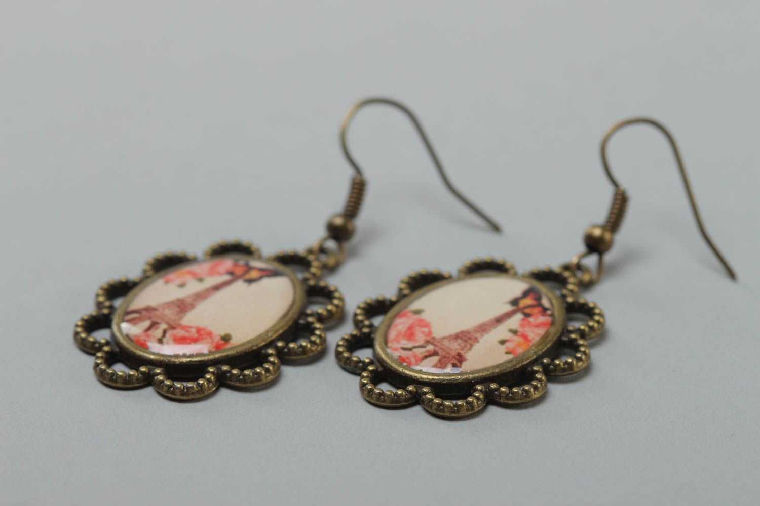 Handmade vintage oval earrings made of metal and glass glaze with a print of Eiffel tower photo 3