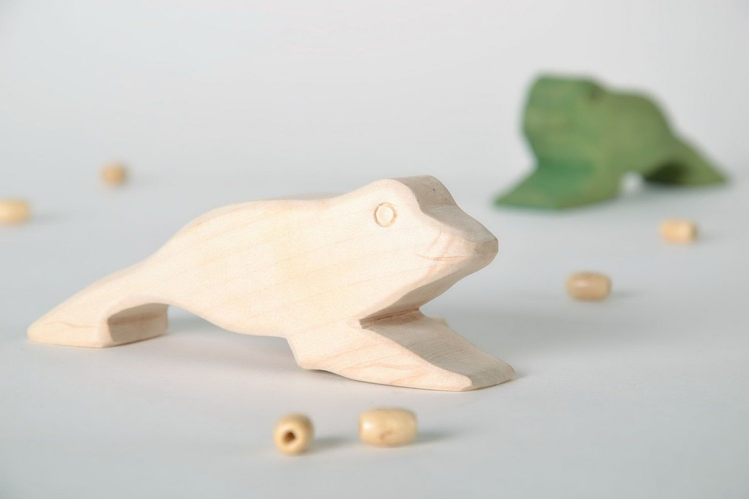 Wooden statuette Frog photo 1
