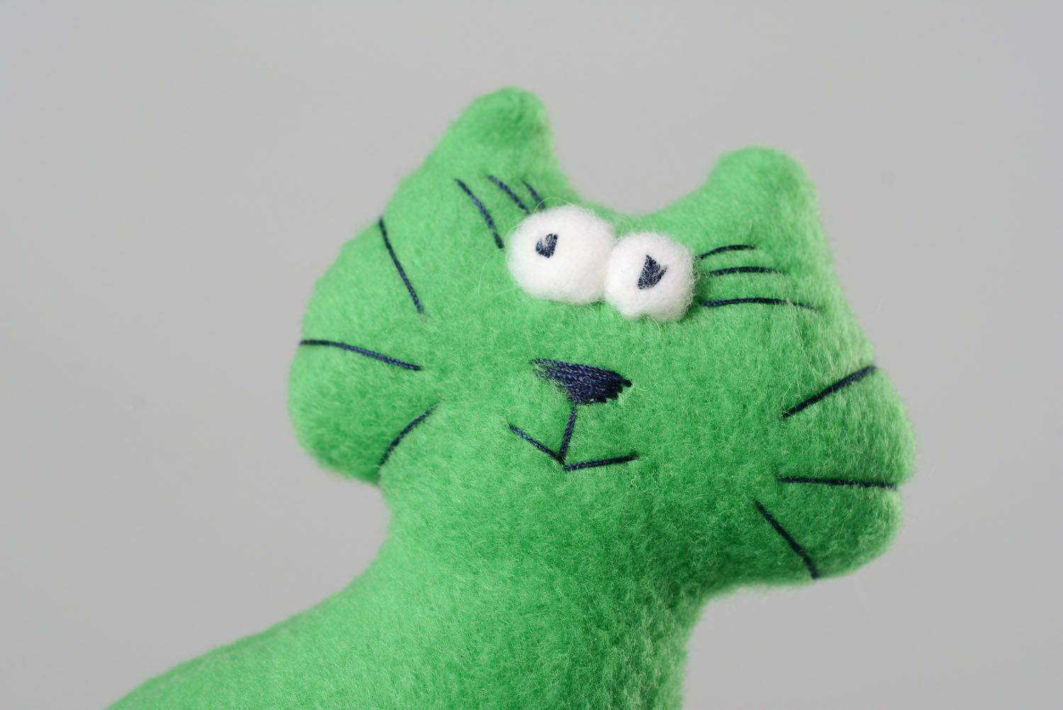 Soft toy in the form of a cat photo 2