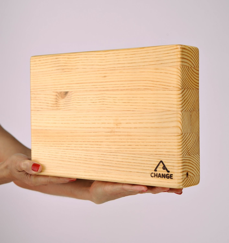 Larch wood yoga block photo 2