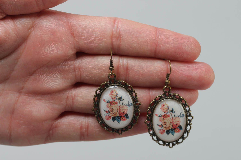 Ovale schöne handmade Ohrringe aus Kaltglasur im Vintage Stil mit Blumen handmade foto 5