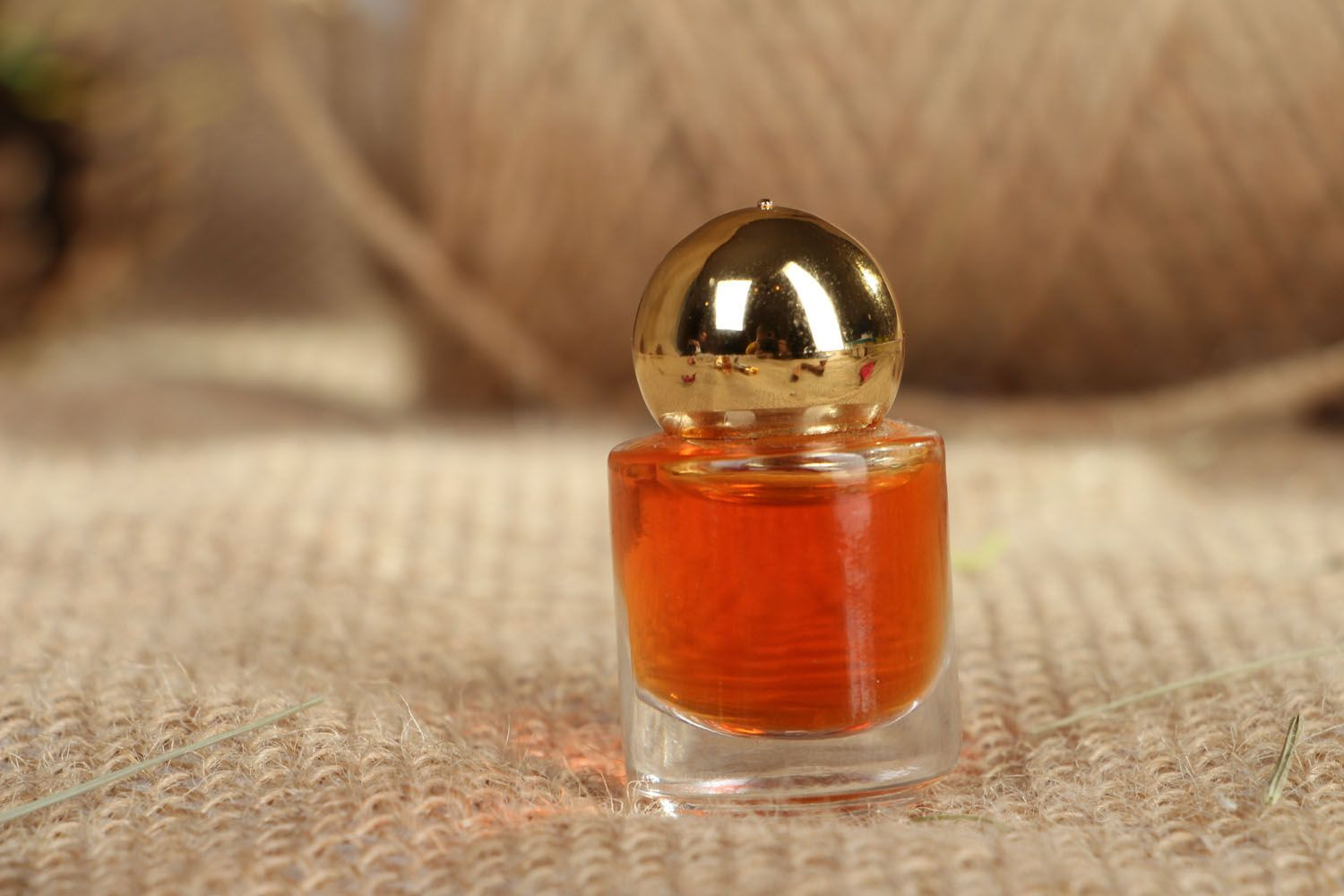 Perfume with citrus and flower scents  photo 3