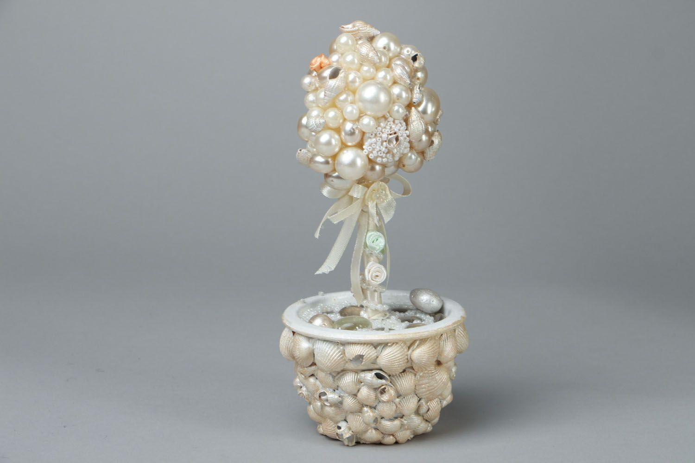 White beaded topiary photo 1