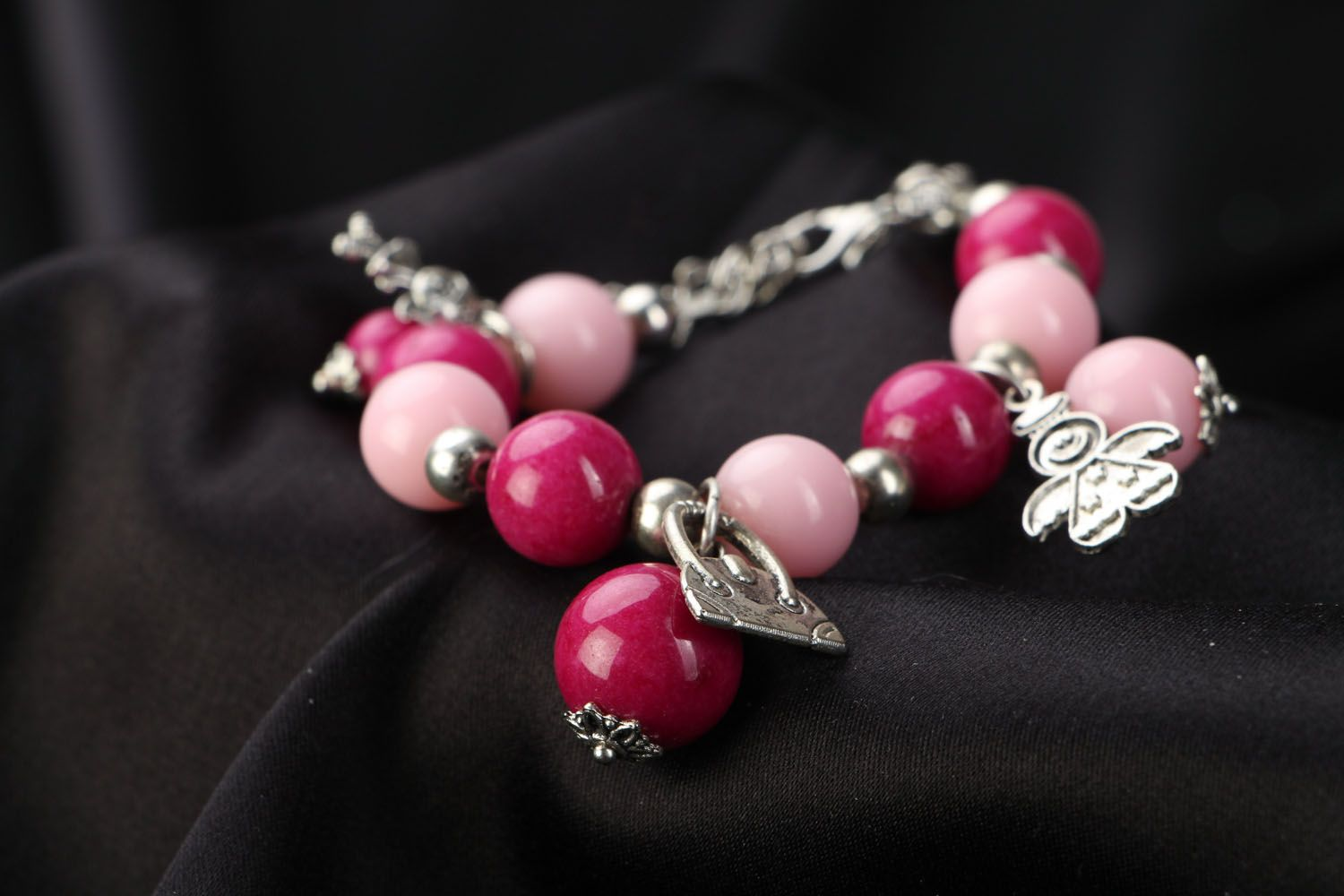 gemstone bracelets Unusual pink bracelet with agate - MADEheart.com