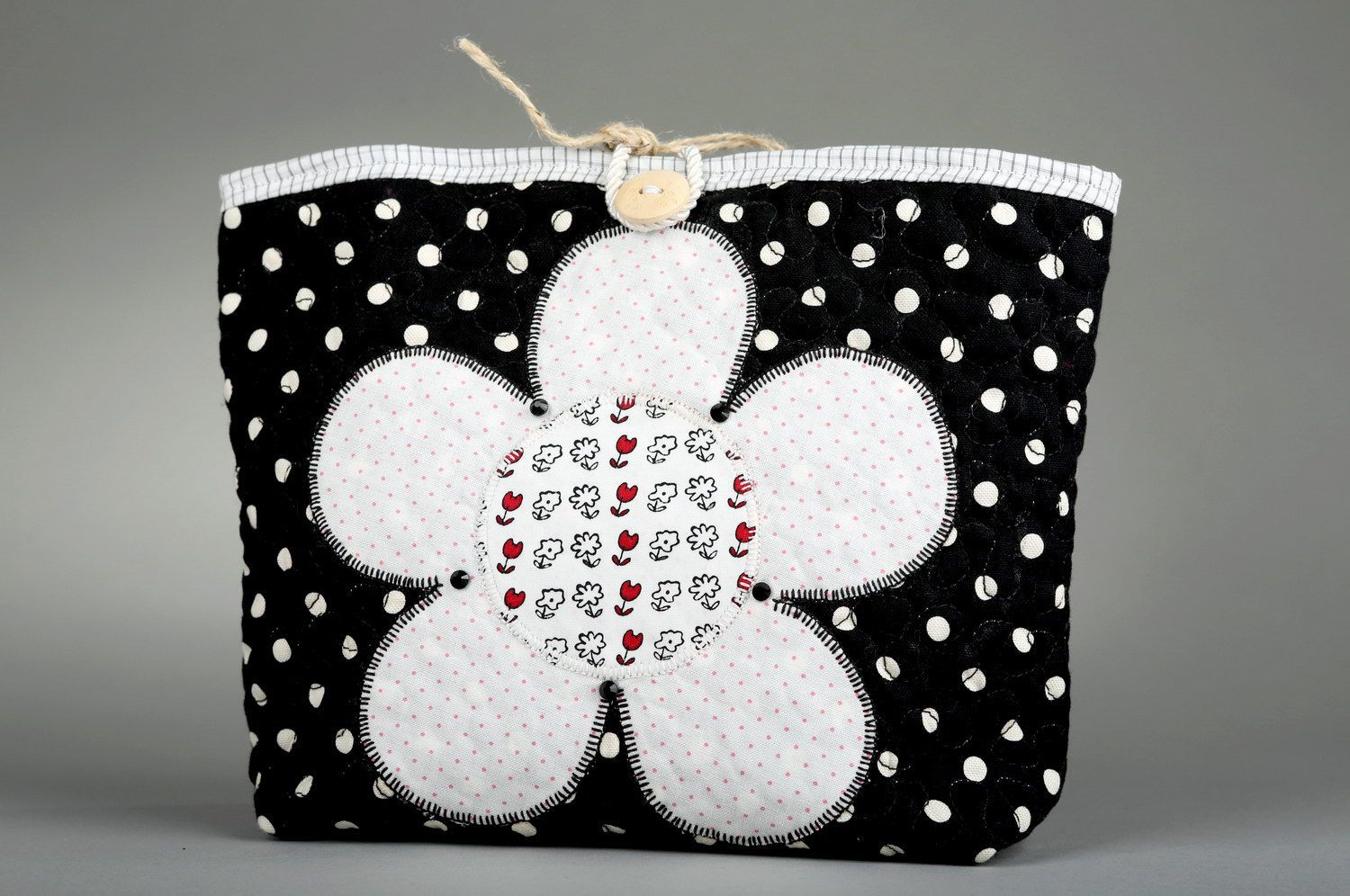 Women's buttoned beauty bag Flower photo 1