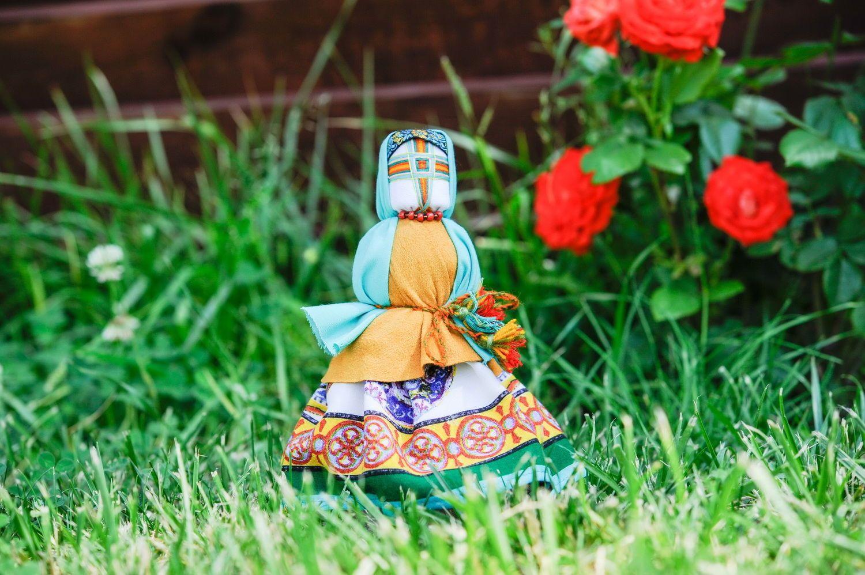 Традиционная тряпичная кукла 2