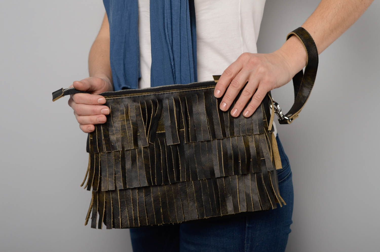 women's handbags Leather clutch with fringe - MADEheart.com