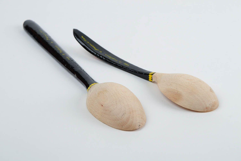 Madeheart cucharas de madera decoradas artesanales for Utensilios de cocina originales