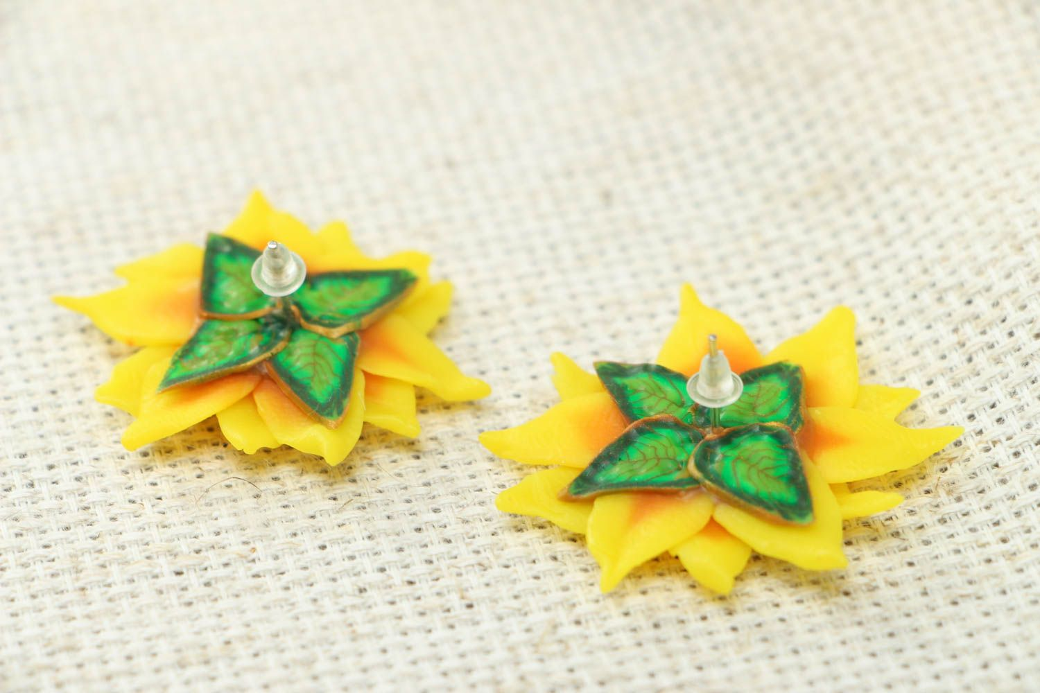 Polymer clay stud earrings photo 3