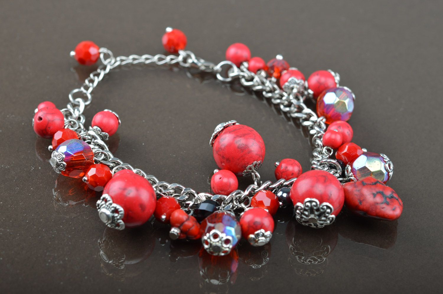 Handmade red thin wrist bracelet on chain with turquoise beads photo 1