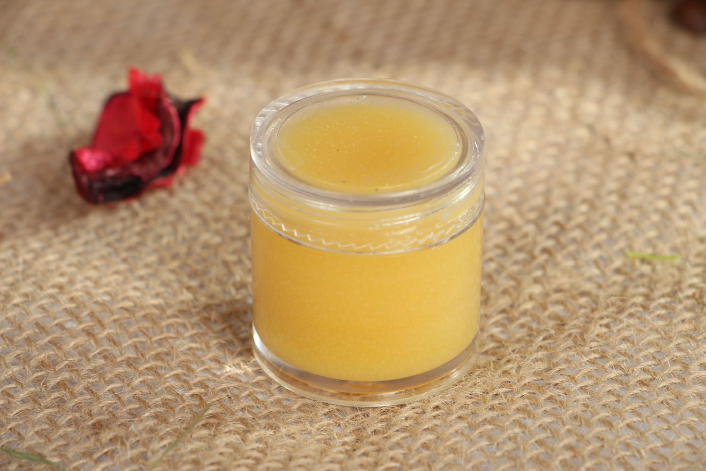Nourishing body cream photo 4
