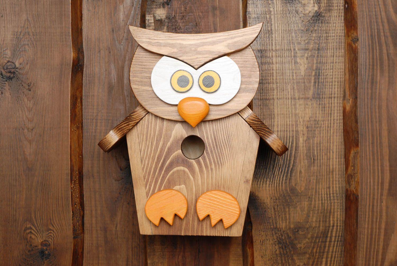 madeheart nichoir pour oiseaux original en bois peint fait main en forme de hibou. Black Bedroom Furniture Sets. Home Design Ideas