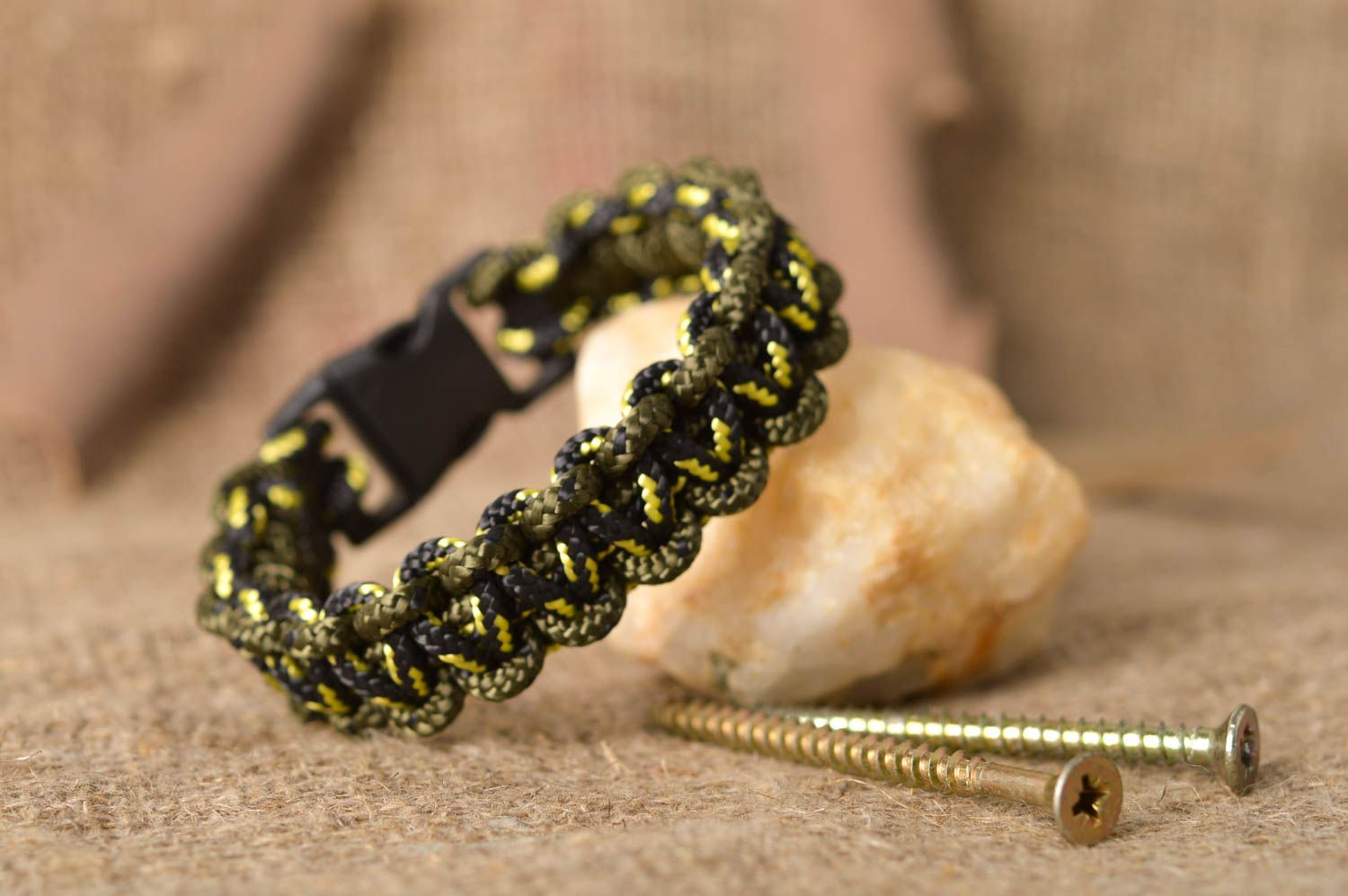 Stylish handmade bracelet designs unisex survival bracelet fashion trends photo 1