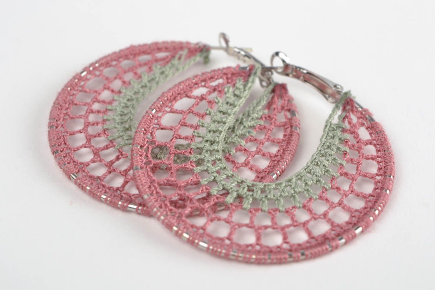 Handmade designer ring shaped thread woven dangling earrings with metal basis photo 1