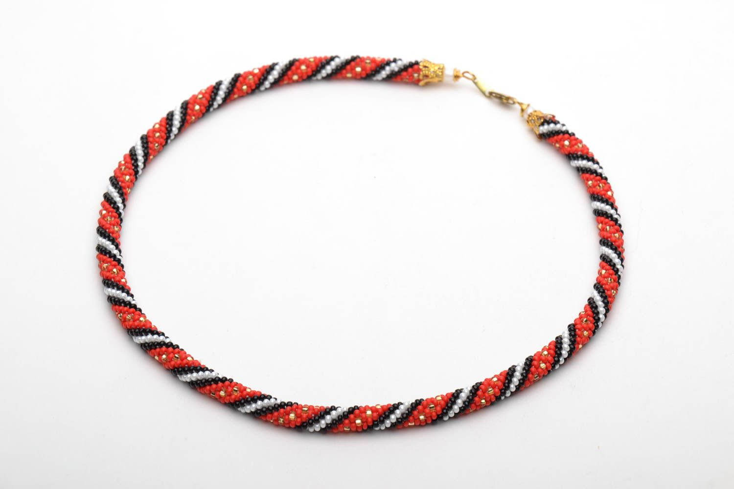 Beaded necklace in ethnic style photo 3