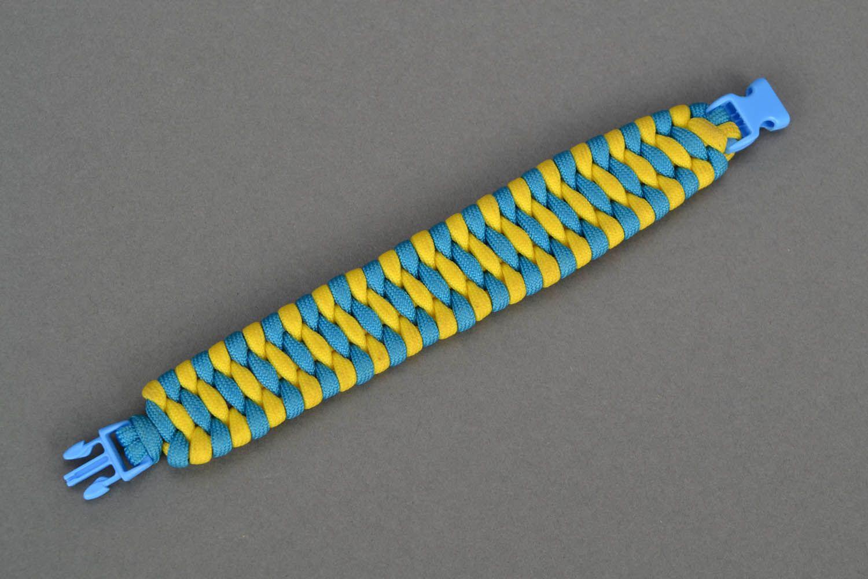 Wide paracord bracelet photo 4