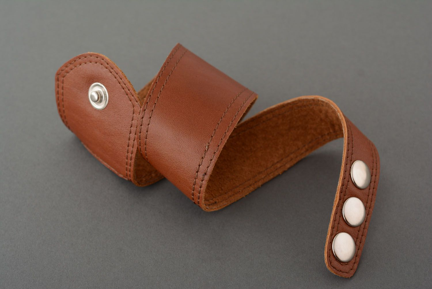 Brown leather bracelet photo 4