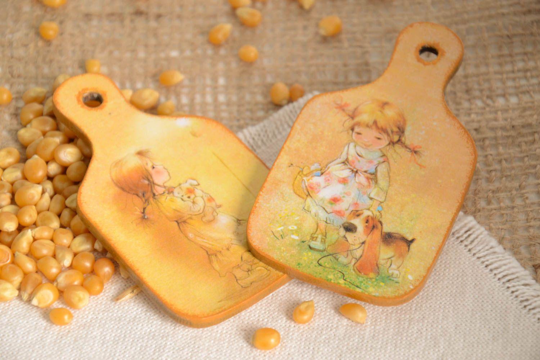 Beautiful souvenir magnets unusual handmade accessories decorative present photo 1