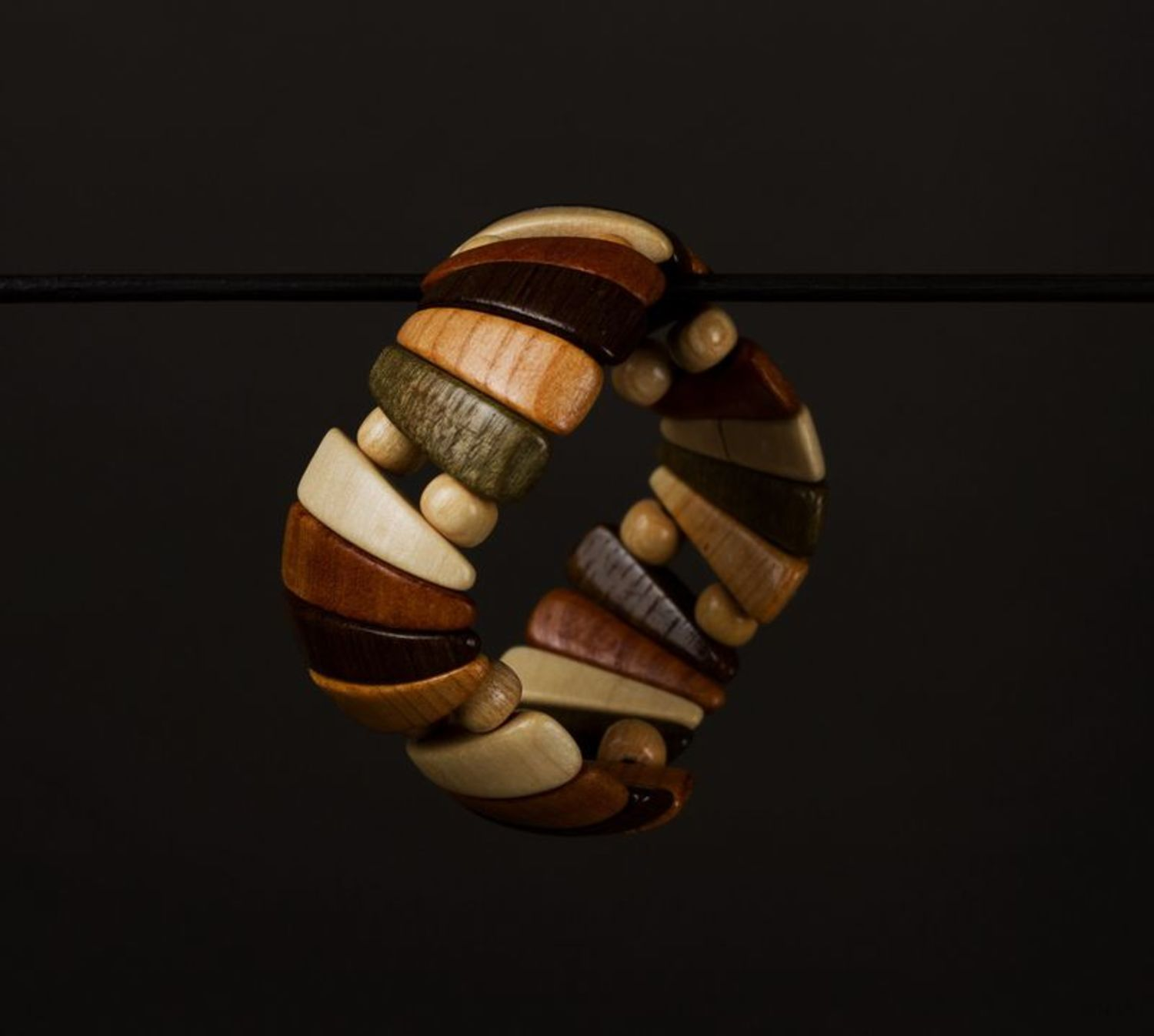 Wrist bracelet made of wood photo 1
