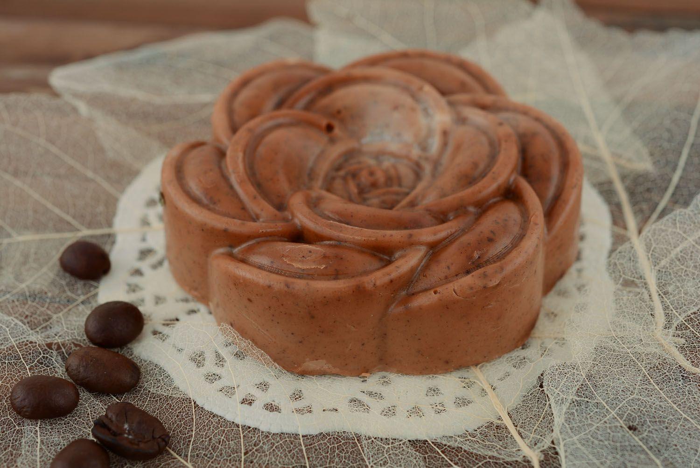 Handmade soap with cinnamon photo 3