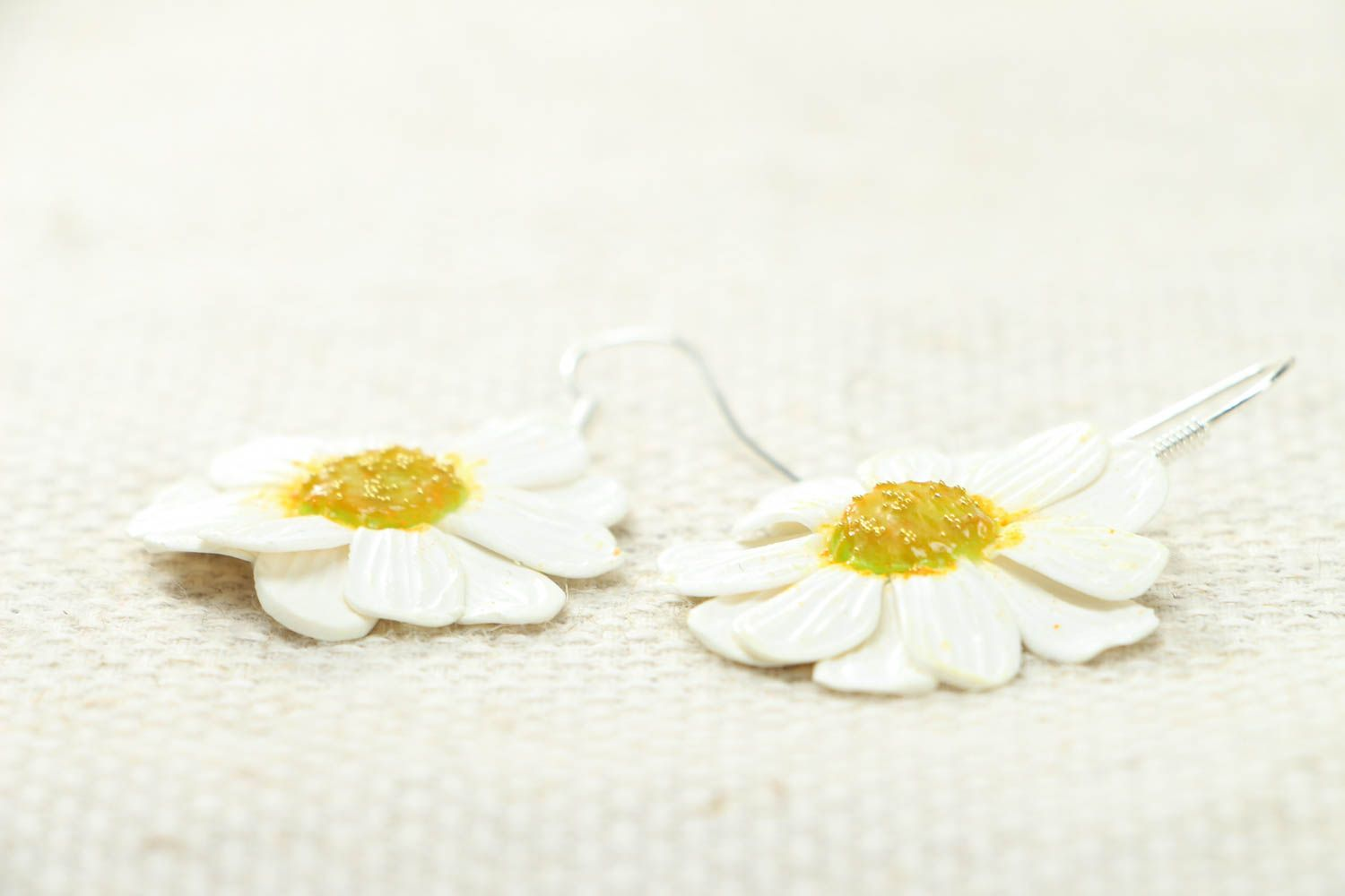 Polymer clay camomile earrings photo 2