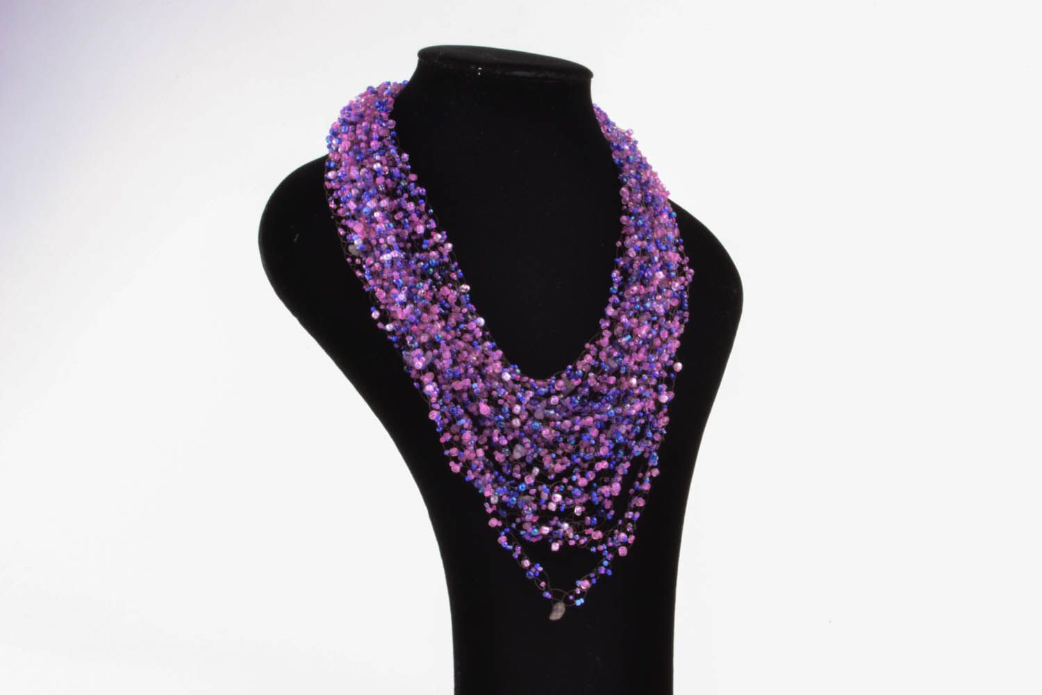 Purple necklace with natural stones photo 1