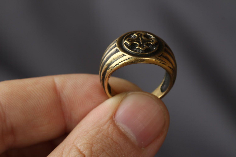 Ring aus Bronze  foto 3