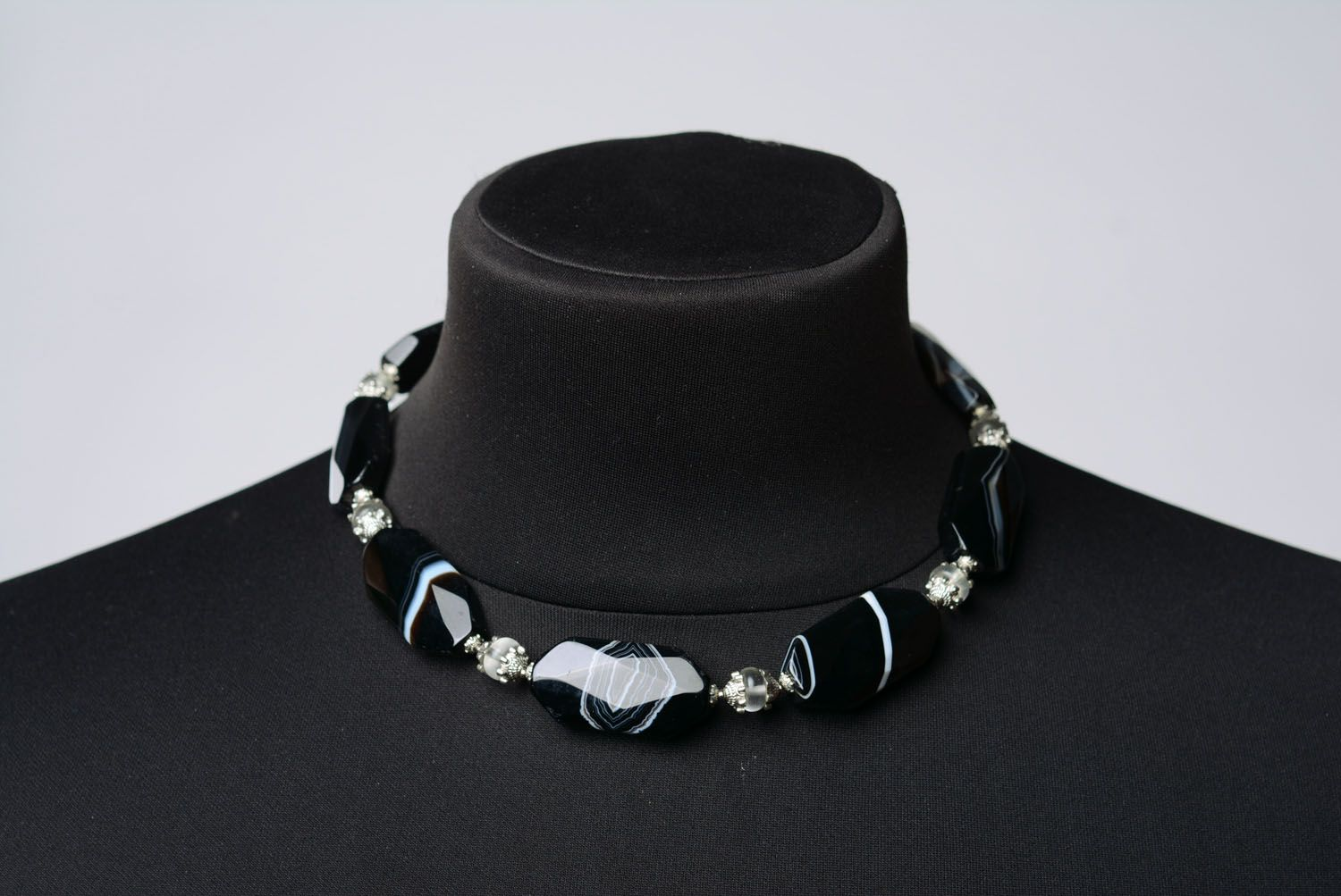 Necklace with agate and mountain crystal photo 2