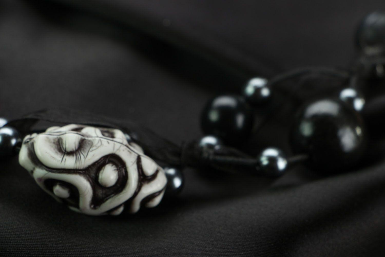 Unusual beaded necklace photo 3
