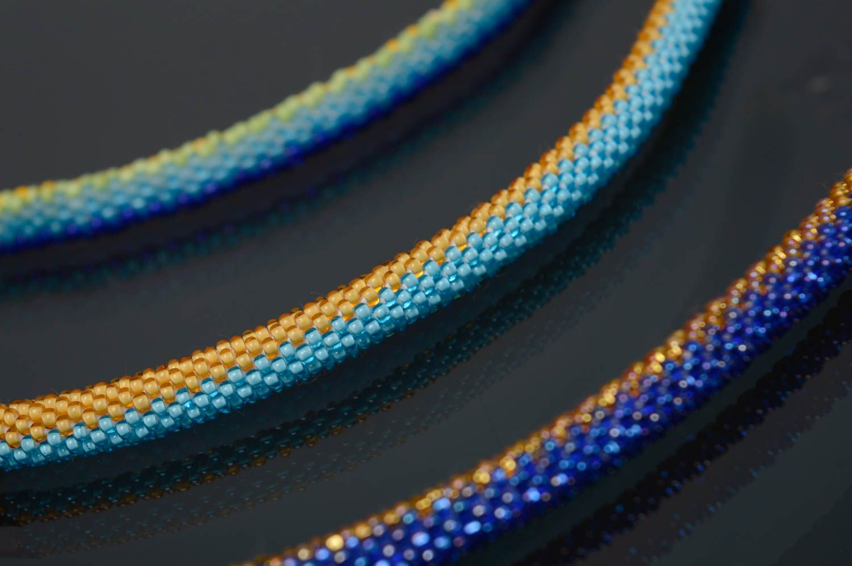 Blue and yellow beaded bracelet photo 3