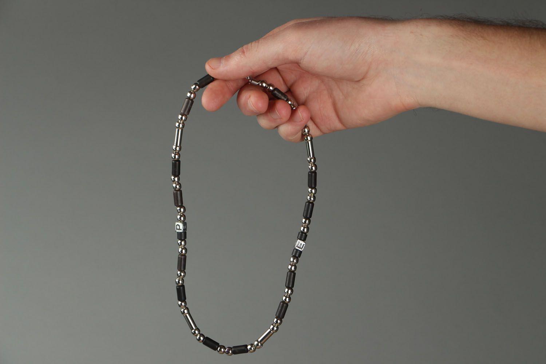 Short handmade beaded necklace photo 4