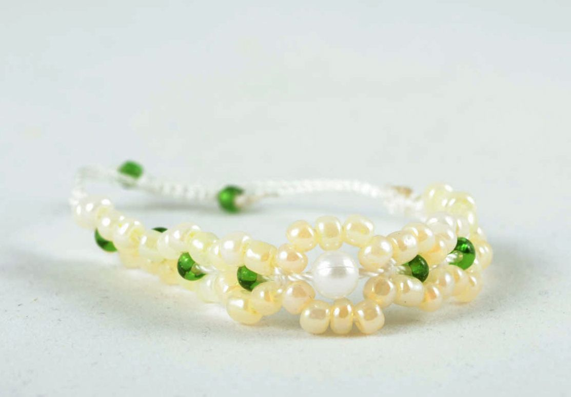 Handmade beaded bracelet photo 2