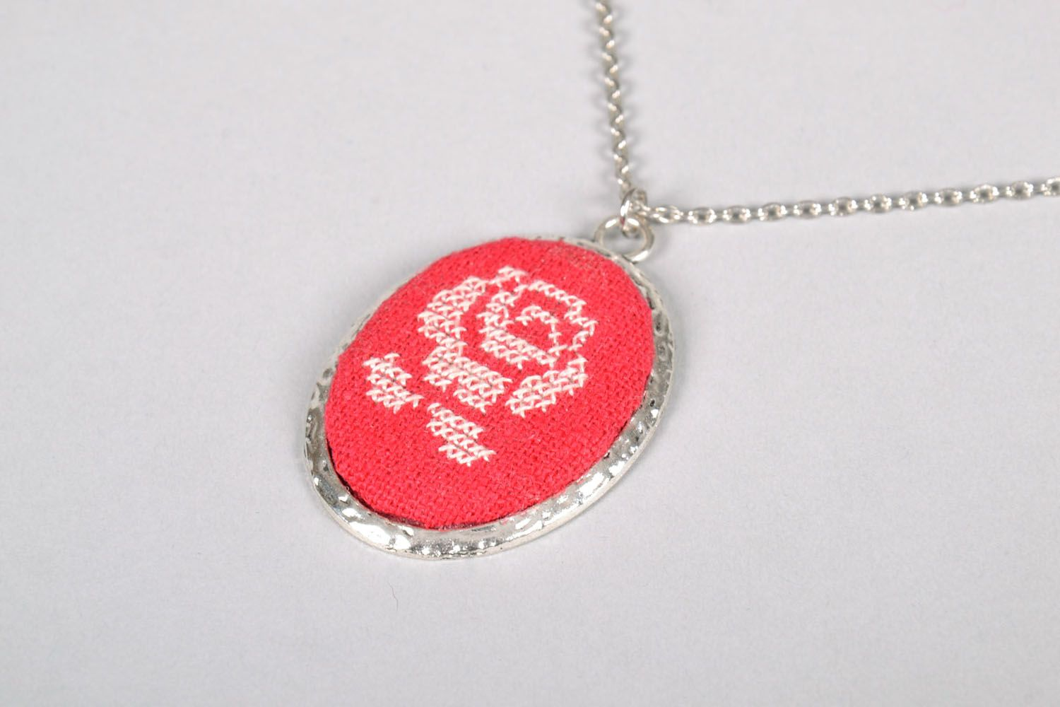 Embroidered pendant Rose photo 3